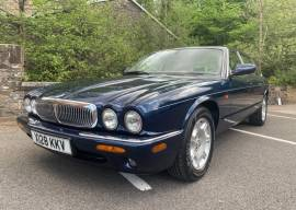 Jaguar sovereign , Blue, £ 7,950
